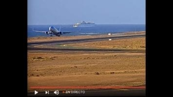 Check Out The Awesome LIVE Lanzarote International Airport Stream