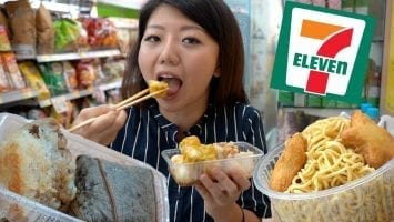 Eating HOT FOODS At HONG KONG 7 ELEVEN Asia Convenience Store Tour
